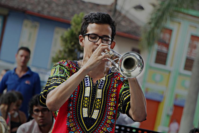 MC Festival Brass & Percussion en el Hall del centro Cultural Lucy Tejada / 2015