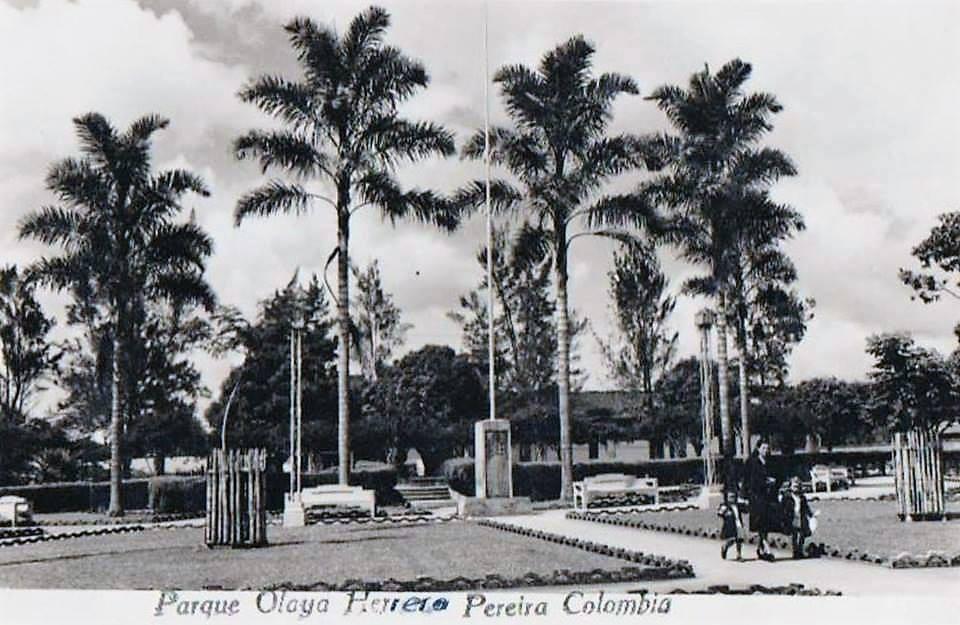 """Foto compartida por Diana Maria Duque en el grupo de Facebook """"Fotos Antiguas de Pereira"""""""