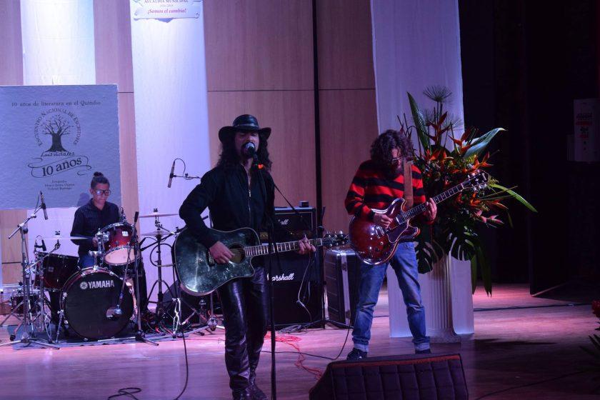 La música estuvo a cargo de Carlos Reyes